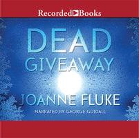 Dead Giveaway - Joanne Fluke