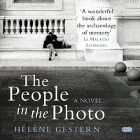 The People in the Photo - Hélène Gestern