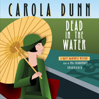 Dead in the Water - Carola Dunn